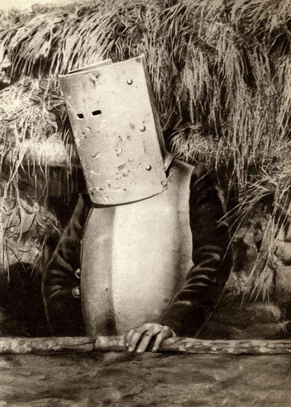 Французский солдат во время Первой мировой войны 09.jpg National Archives / Collection Spaarnestad / Het Leven